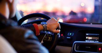 chauffeur particulier dans une voiture